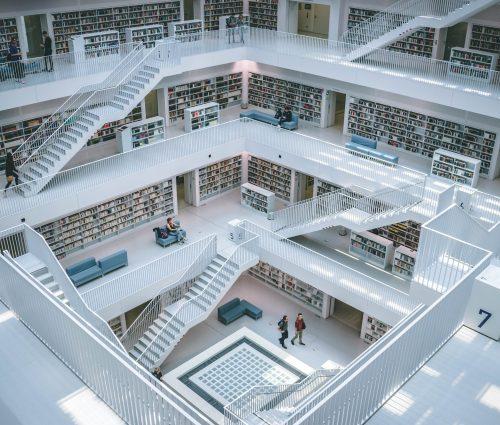 Bild einer modernen Bibliothek